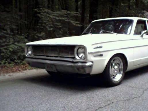 Dodge Dart - front view