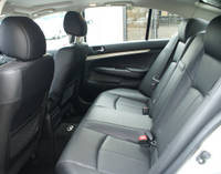 inf_g35_backseat2.jpg