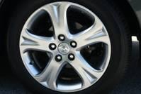 toyota_solara_wheel1.JPG