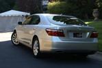 LexusLS460L_03.JPG