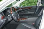 LexusLS460L_21.JPG