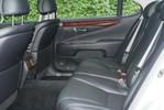 LexusLS460L_22.JPG