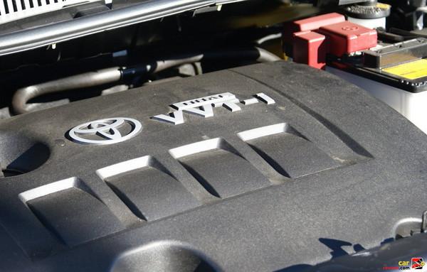 1.8L I4, 16 valve, 128 hp @ 6000 rpm