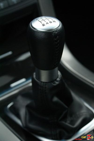 6-speed manual transmission