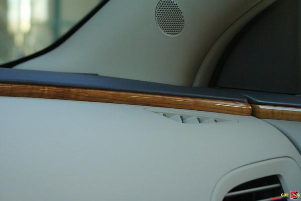 wood trim embedded in dashboard