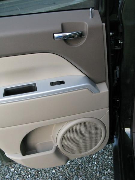 Jeep Patriot rear door panel