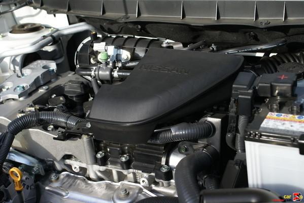 2.5-liter DOHC 16-valve 4-cylinder engine