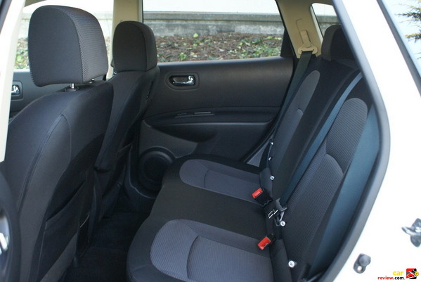 60/40 split fold-down rear seatbacks