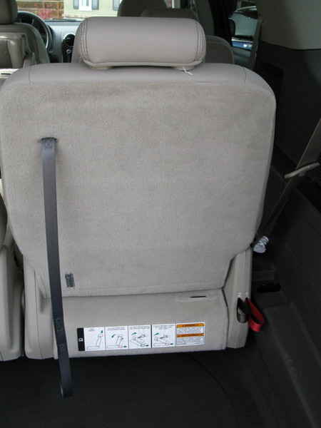 Ford Taurus X folding rear seat