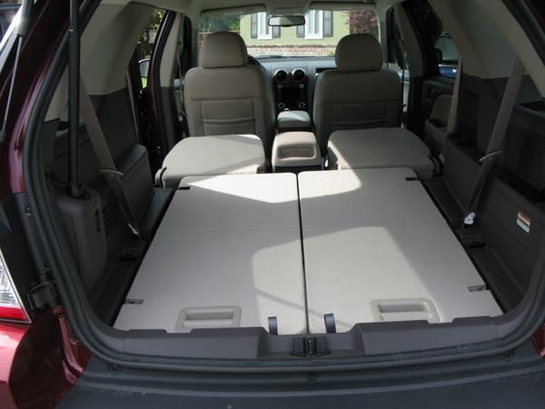 Ford Taurus X rear cargo