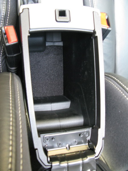 Ford Focus center console