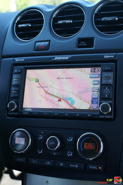 "Nissan Navigation System with DVD atlas, 6.5"" touch-screen monitor"