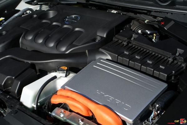 158 hp 2.5L I4 Hybrid Engine