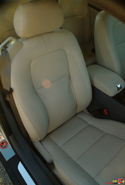 Front Passenger Power Leather Seat Adjusts 10 Ways