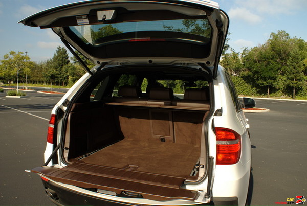 Split Folding Rear Seats for Storage
