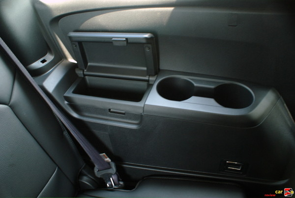 Rear Seat Cup Holders and Storage Compartment