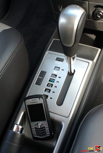 4-Speed Automatic Transmission with Hold Control Mode