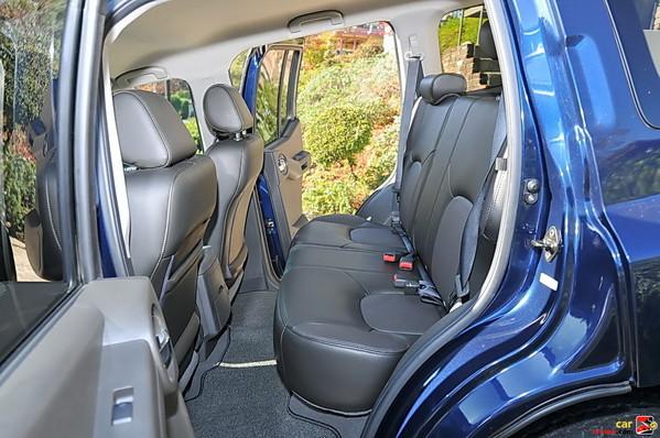 2009 Nissan Xterra back seats