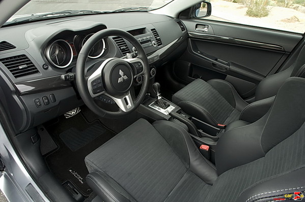 Lancer Evo MR interior