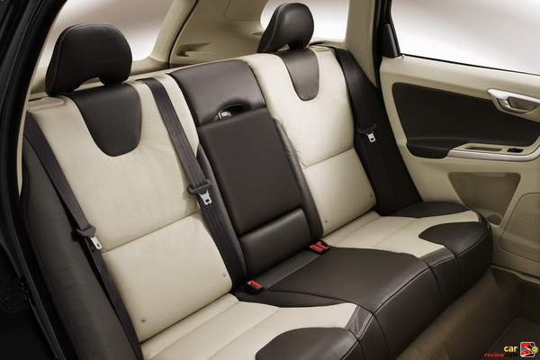 40/40/20 split folding rear seat