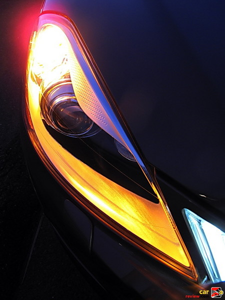 Dual Xenon gas-discharge headlights