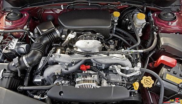 2.5-liter SOHC Subaru Boxer engine