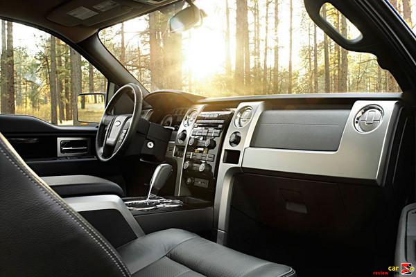 2009 Ford F-150 interior