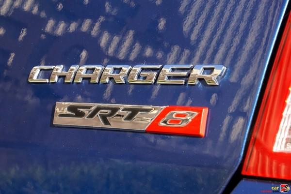 Dodge Charger SRT8 badging