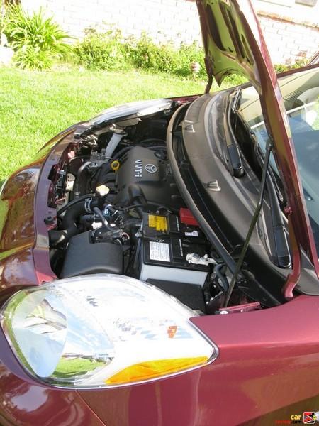 1.5-liter DOHC 16-valve VVT-i 4-cylinder