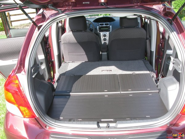 split fold-flat rear seats