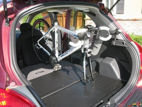 Bikes can be stored upright