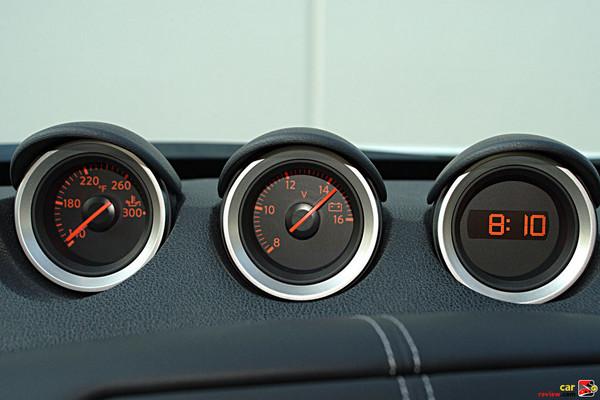 Nissan 370Z gauge pods