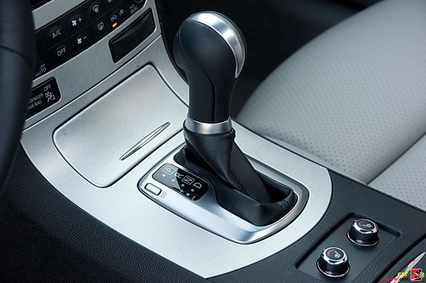Electronically controlled 7-speed automatic