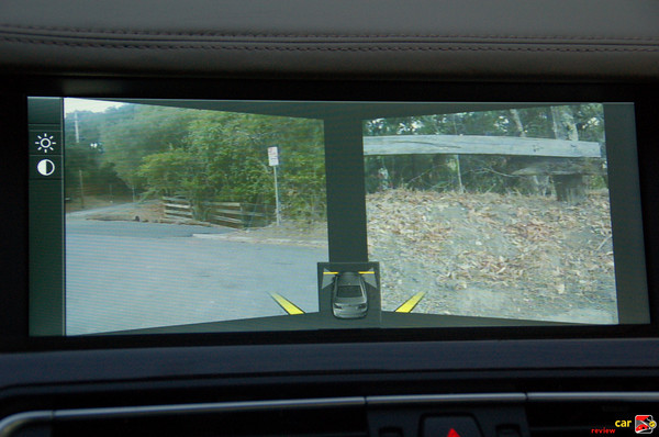 Images from cameras located underneath side view mirrors