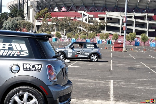 Test MINI Cooper outfitted w/Yokohama dB Super E-spec tires