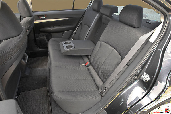 2010 Subaru Legacy 2.5i backseats