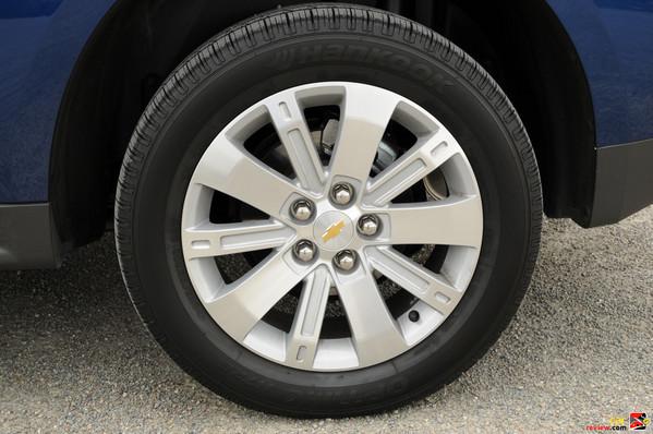 2010 Equinox 18 inch wheels