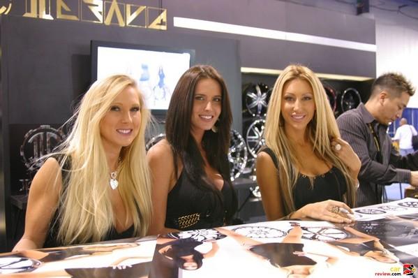 SEMA 2009 Booth Babes