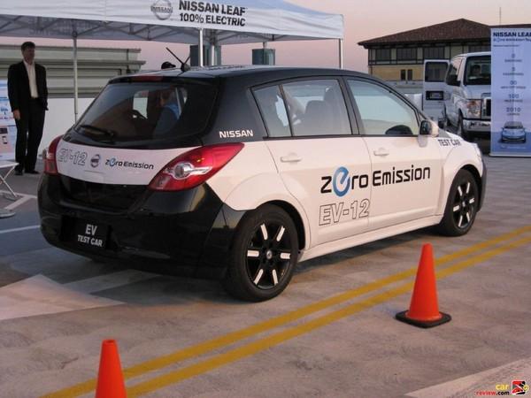 Nissan Leaf test mule