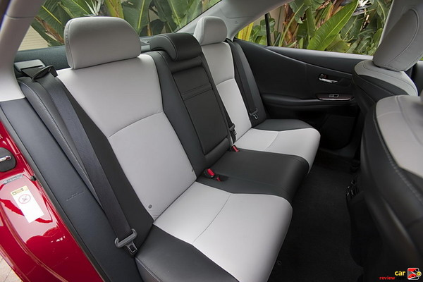 Lexus HS 250h Hybrid rear seats