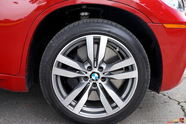 20 inch double spoke light cast alloy wheels