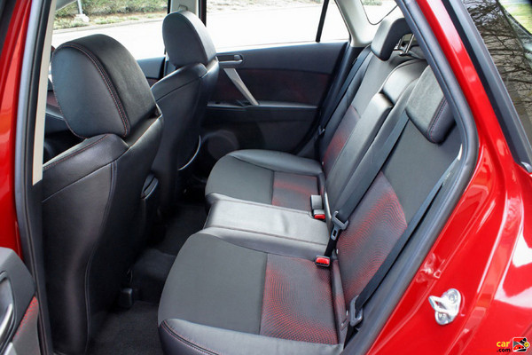 60/40 split fold down rear seats