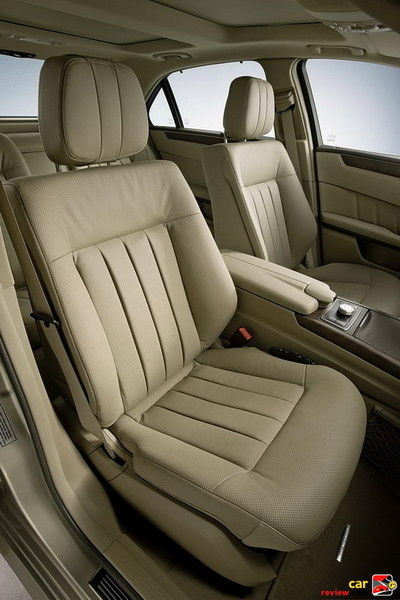 14-way power front seats