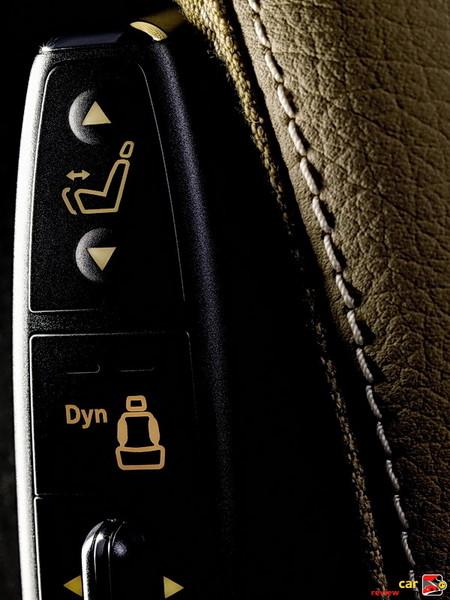 Drive dynamic multi-contour driver seat with massage