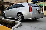 2010_Cadillac_CTS_wagon_17.JPG