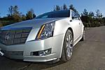 2010_Cadillac_CTS_wagon_24.jpg