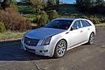 2010_Cadillac_CTS_wagon_39.jpg