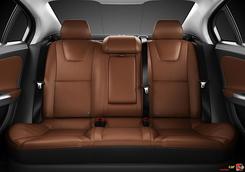 2011 Volvo S60 rear seating
