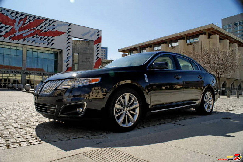2010 Lincoln MKS with Active Park Assist