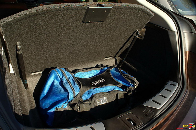 Acura ZDX under-floor storage tray